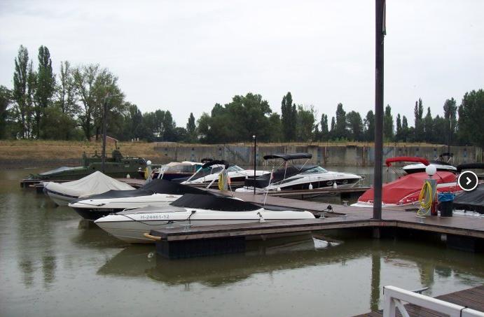 budapest marina part térkép Wiking Yacht Club kikötő Budapest, Marina part   Budapest  budapest marina part térkép
