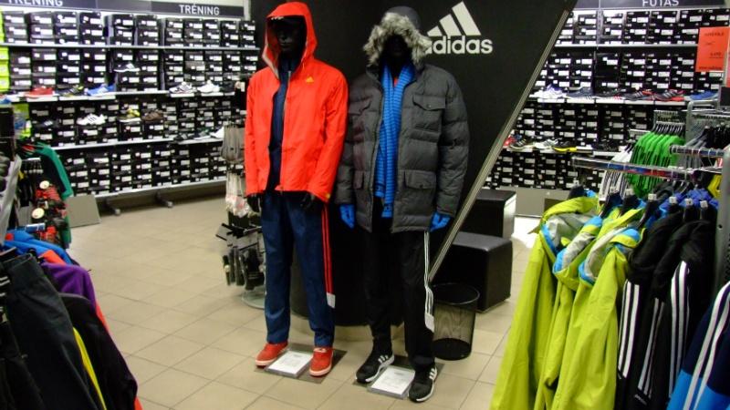 Adidas Outlet - Boráros tér - Budapest  303a767189