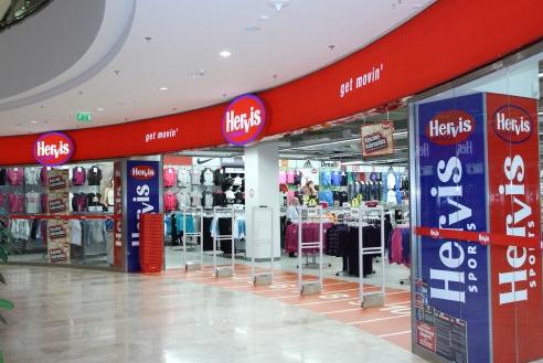 Hervis Sportáruház - Szeged  84a8f4f0e0