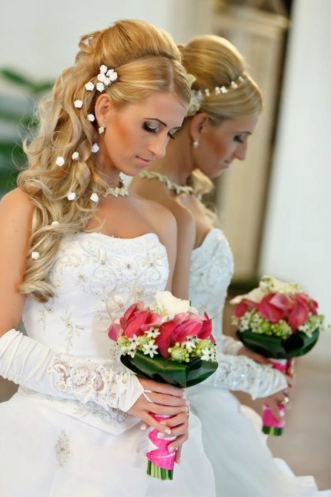 fa07f11288 Zsófia Esküvői Ruhaszalon · Zsófia Esküvői Ruhaszalon · Zsófia Esküvői  Ruhaszalon